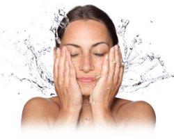 Правилно почистване на лицето