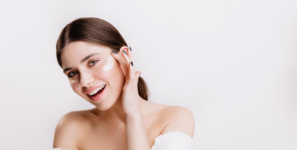 Пет правила за грижа на мазната кожа